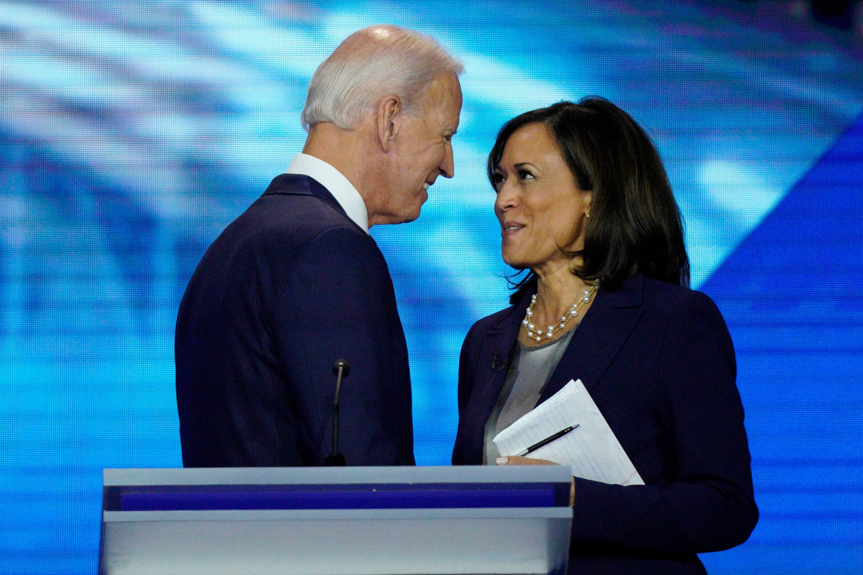 Gender Blunder Joe Biden Refers To Kamala Harris Husband As Kamala S Wife Republicans Mock Awkward Gaffe