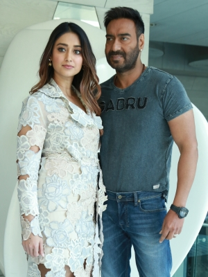 Ajay devgn is a massive family man ileana dcruz knpost new delhi march 30 ians actress ileana dcruz says her raid co star actor ajay devgn is a massive family and is obsessed with his children nysa and altavistaventures Images