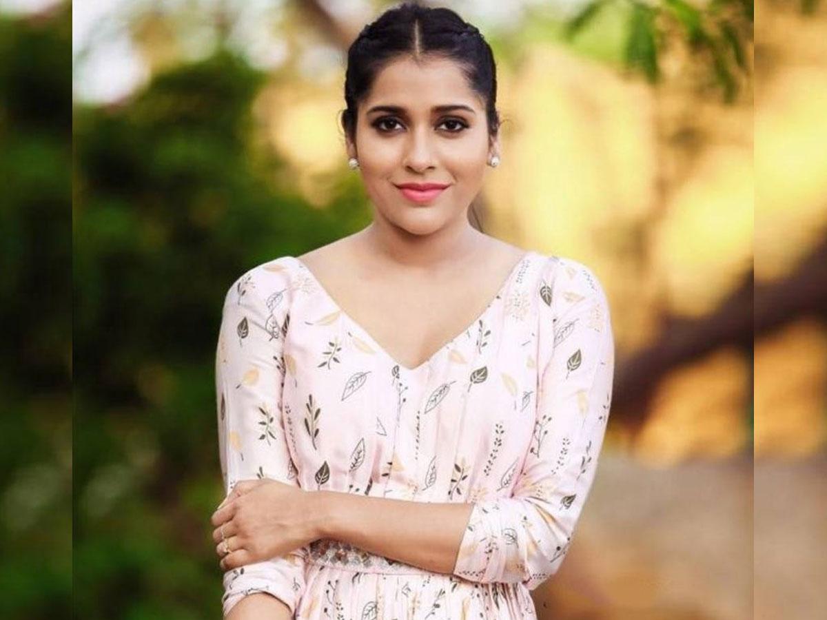 Rashmi Gautam Sings Gocoronacoronago Tollywood 3,412,996 likes · 29,353 talking about this. rashmi gautam sings gocoronacoronago
