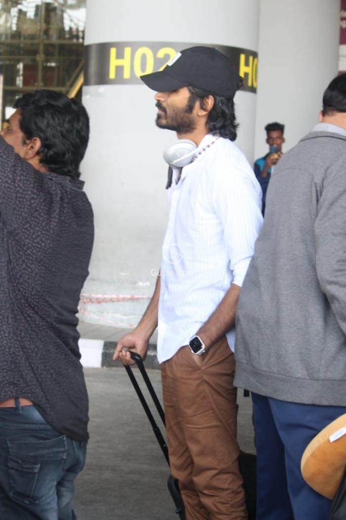 Image result for dhanush IN AIRPORT