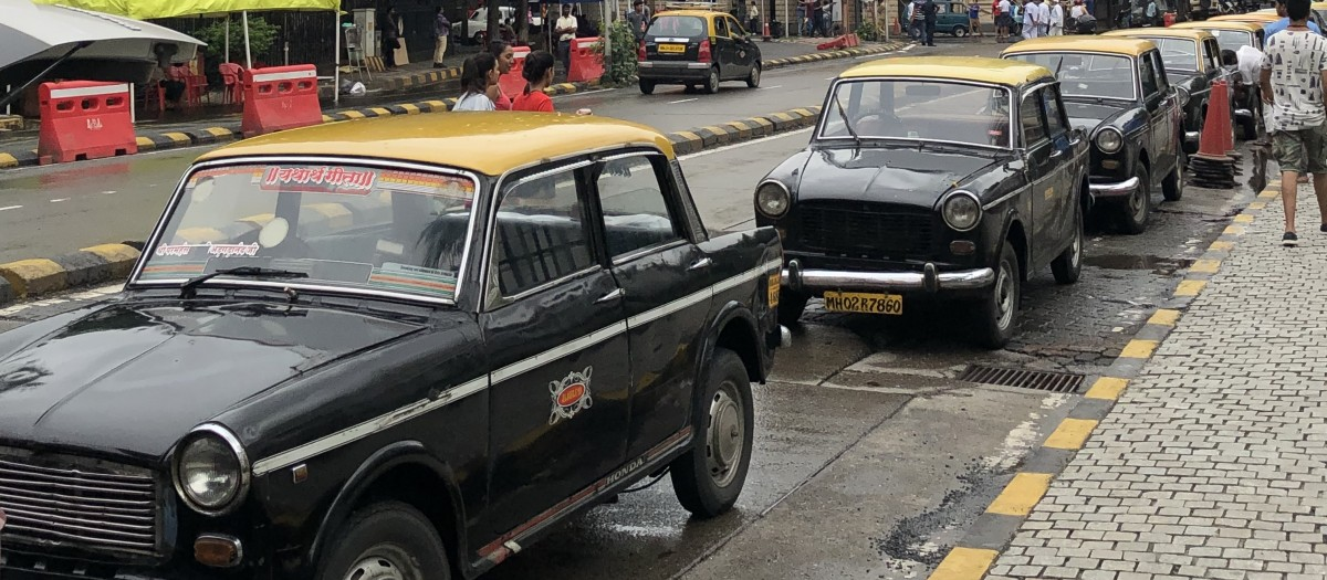 Meter Down For The Last Time For Mumbai S Iconic Kaali Peeli Fiat Taxi